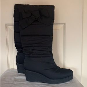 Kate spade black bow wedge boots size 10